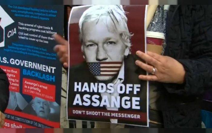 Hands Off Assange. Manifestación de partidarios de Wikileaks