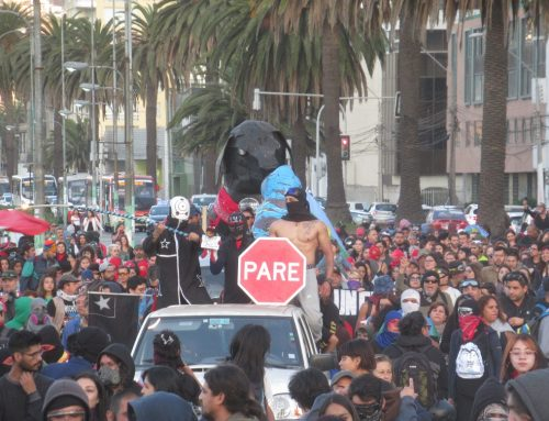 La Primera Línea y el perro Matapacos se toman las calles de Valparaíso