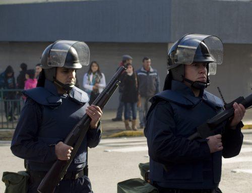 La Armada gasta 264 mil dólares en compra de equipos antidisturbios