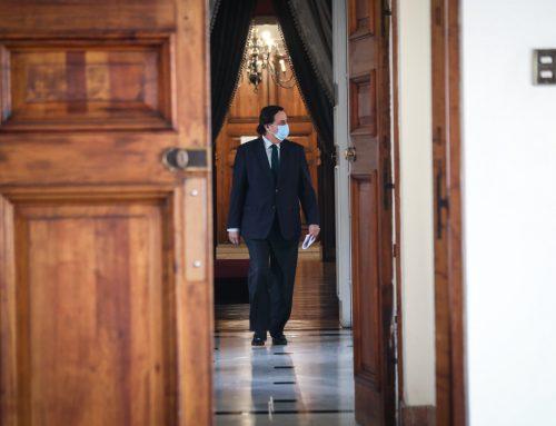Un mínimo de decencia aconseja la salida del ministro del Interior
