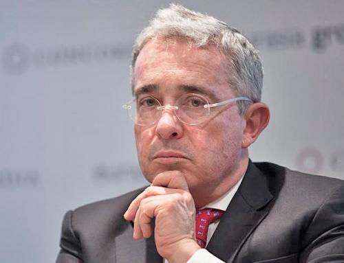 Álvaro Uribe Vélez: casa por cárcel